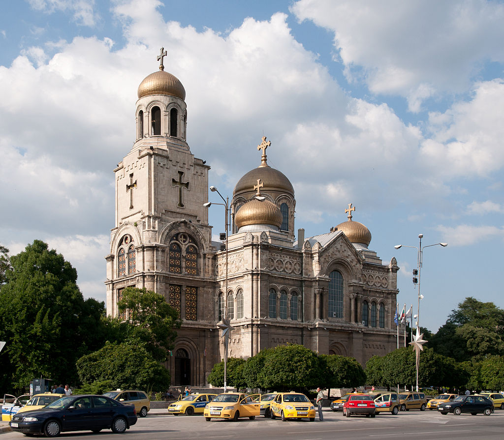 varna_cathedral_-_2